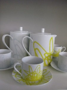 Dzbanek porcelanowy Draw me Yellow